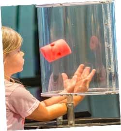 on-play-child-wind-tube